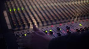 audio-1839162_1920